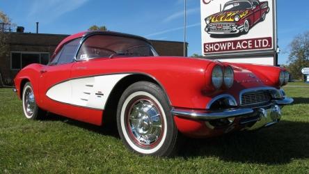 1961 Chevrolet Corvette Fuel Injection