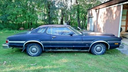 1975 Ford Torino