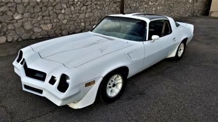 1980 Chevrolet Camaro Z28 / 4 Speed