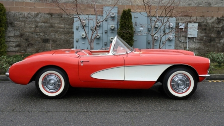 1956 Chevrolet Corvette Convertible 2×4 A/T